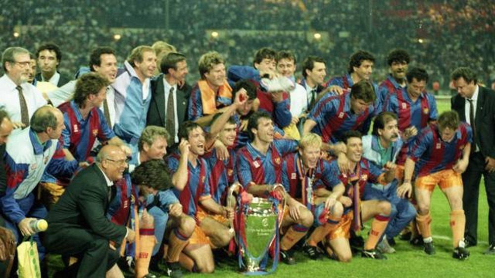Football club FC Barcelona in the '90s