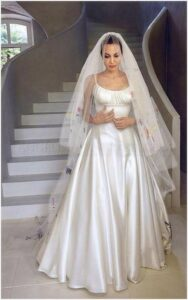 wedding dress angelina jolie