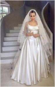 wedding dress angelina jolie