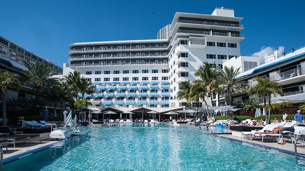 Luxurious hotel, The-Ritz-Carlton