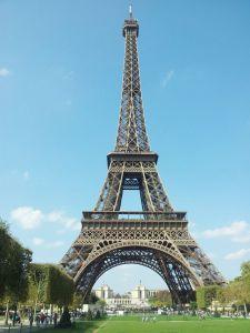Eiffel-Tower-2