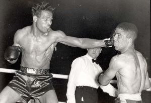 Randy Turpin vs Sugar Ray Robinson I