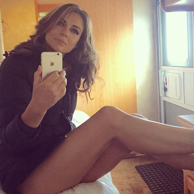 instagram photo, iphone, Elizabeth Hurley
